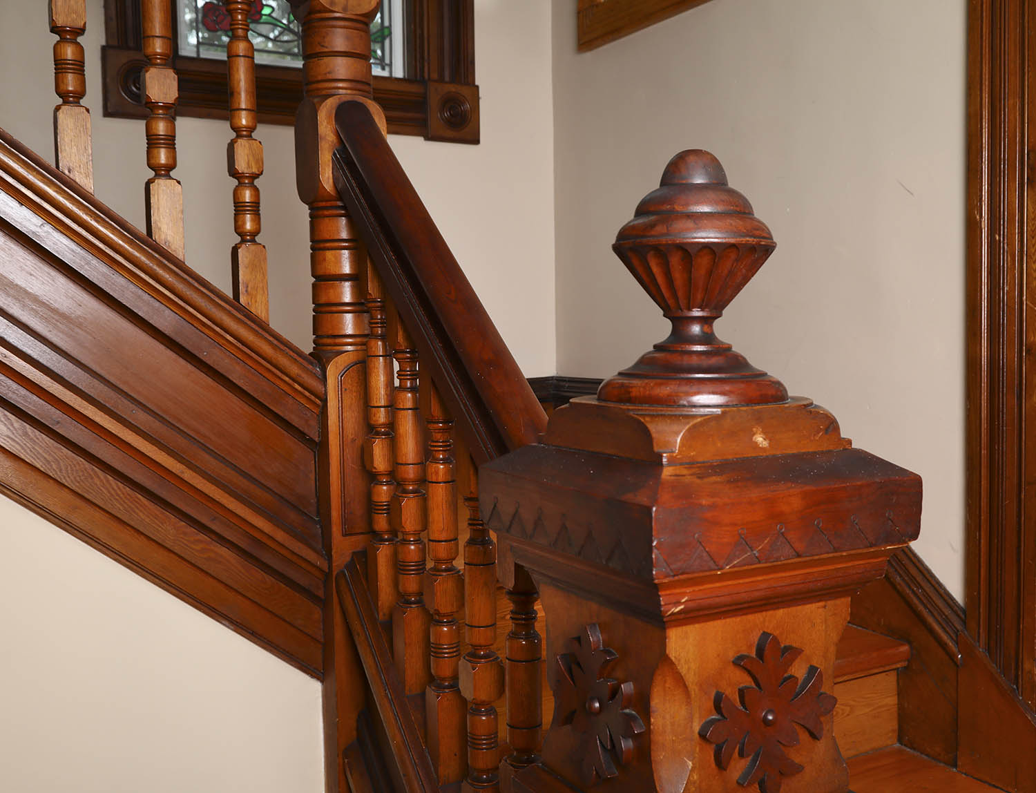bannister at Summerside Inn Bed and Breakfast