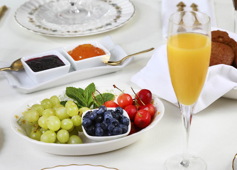 breakfast at Summerside Inn Bed and Breakfast