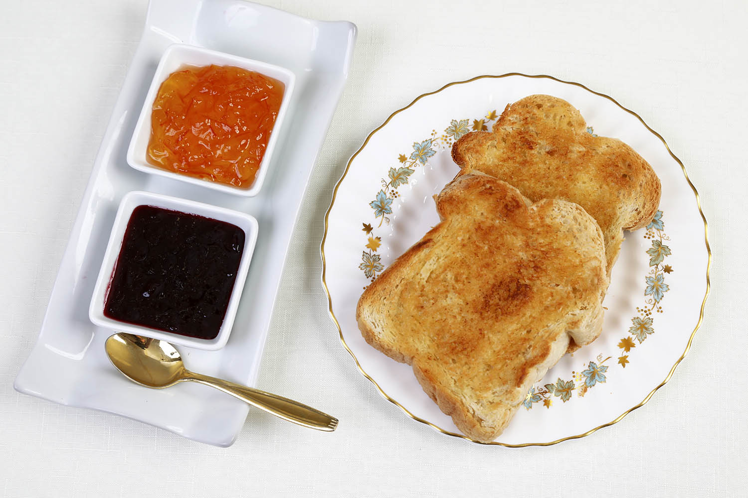 Toast and jams at Summerside Inn Bed and Breakfast
