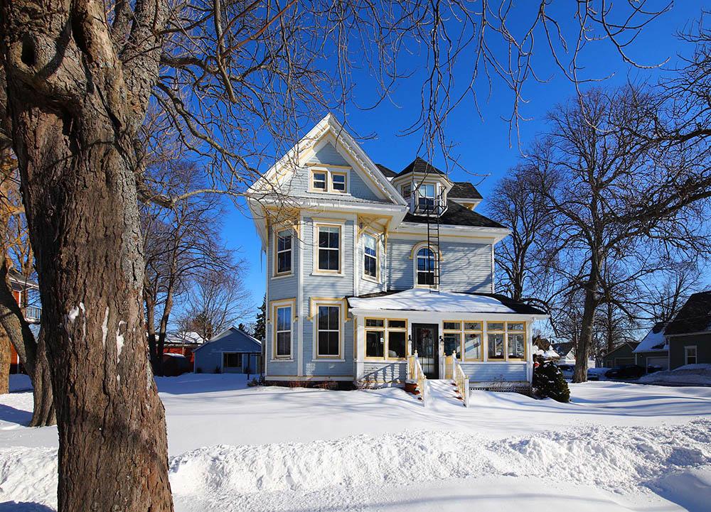 Winter at Summerside Inn Bed and Breakfast